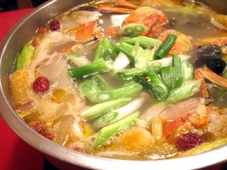 鮮中鮮鍋【すっぽん・上海がに・カエル・田ウナギなどの特製鍋】